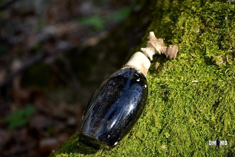 WW2 Perfume Bottle - Friendly Metal Detecting Forums